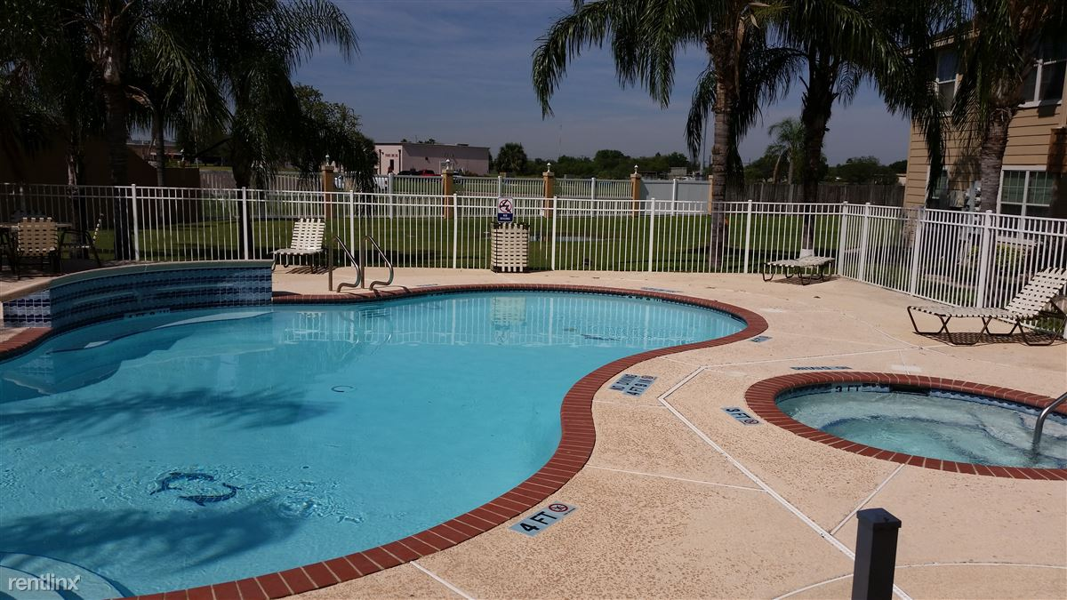 2 Bedrooms 1 Bathroom Apartment for rent at Redbud Place Apartments in Mcallen, TX