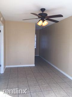 1 Bedroom 1 Bathroom Apartment for rent at Quail Ridge Apartments in Kingsville, TX