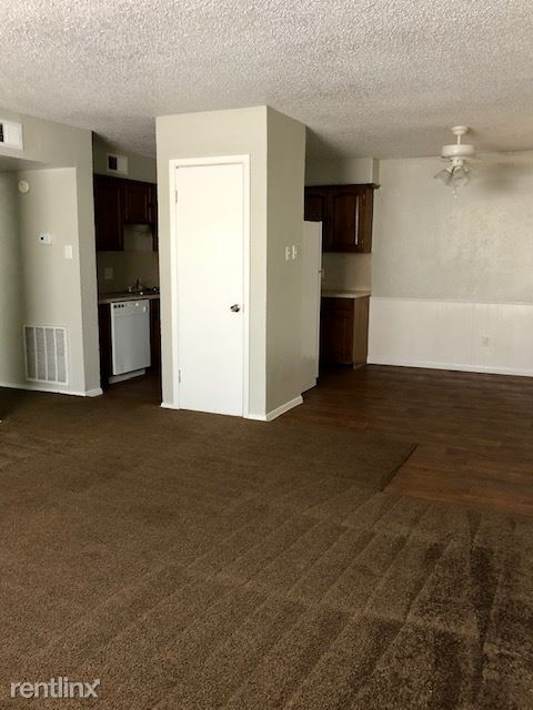 2 Bedrooms 2 Bathrooms Apartment for rent at Montego Harbor Apartments in Corpus Christi, TX