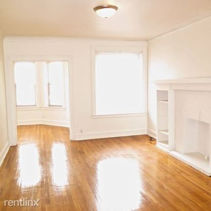 2 Bedrooms 1 Bathroom Apartment for rent at 2209 E 70th St in Chicago, IL