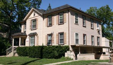 Similar Apartment at 1021 E University Ave