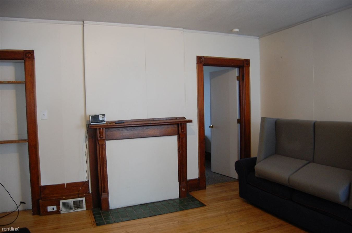 3 Bedrooms 1 Bathroom House for rent at 1021 E University Ave in Ann Arbor, MI
