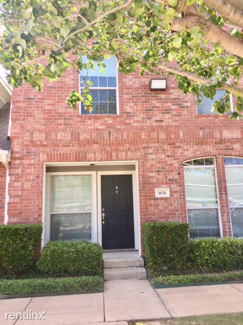 4 Bedrooms 4+ Bathrooms House for rent at 1001 Krenek Tap Rd Apt 702 in College Station, TX