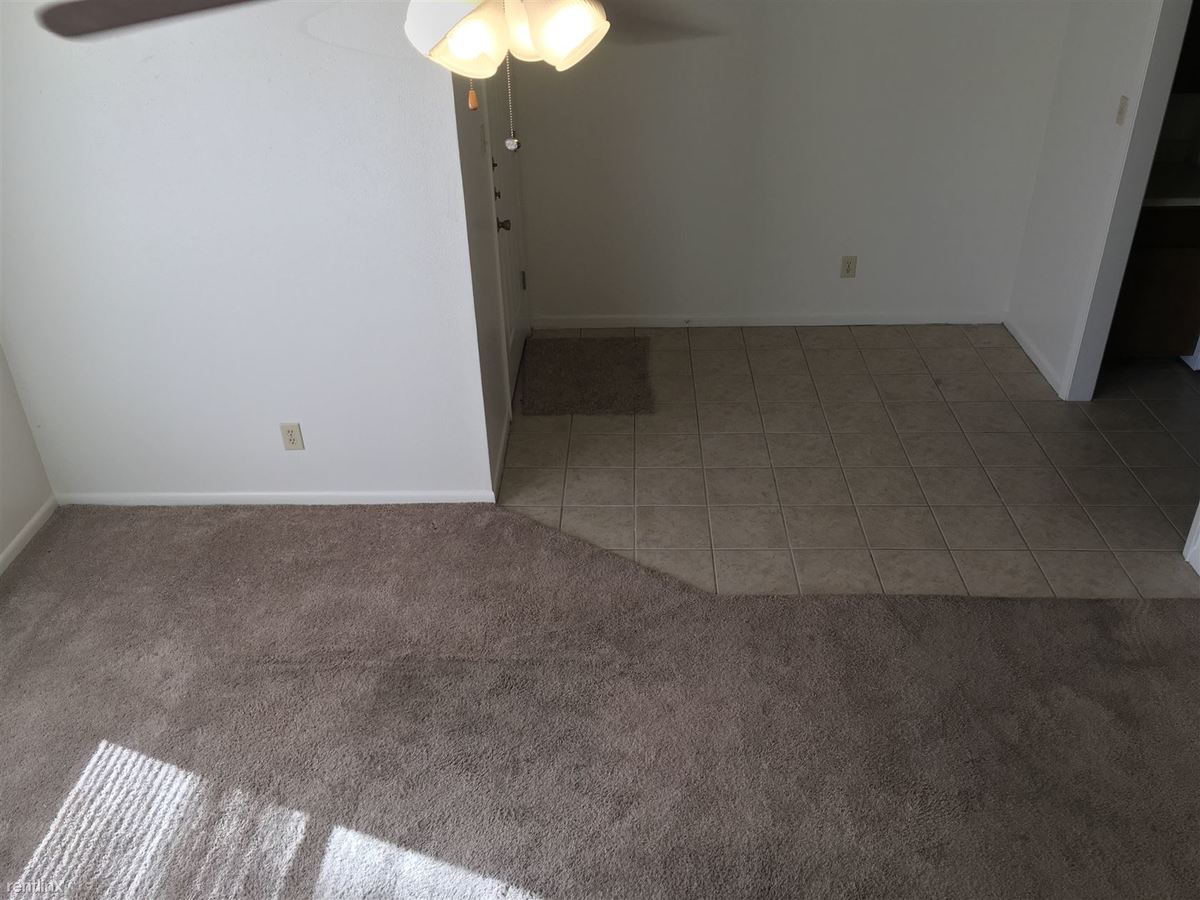 2 Bedrooms 1 Bathroom Apartment for rent at 2813 Longmire Dr in College Station, TX