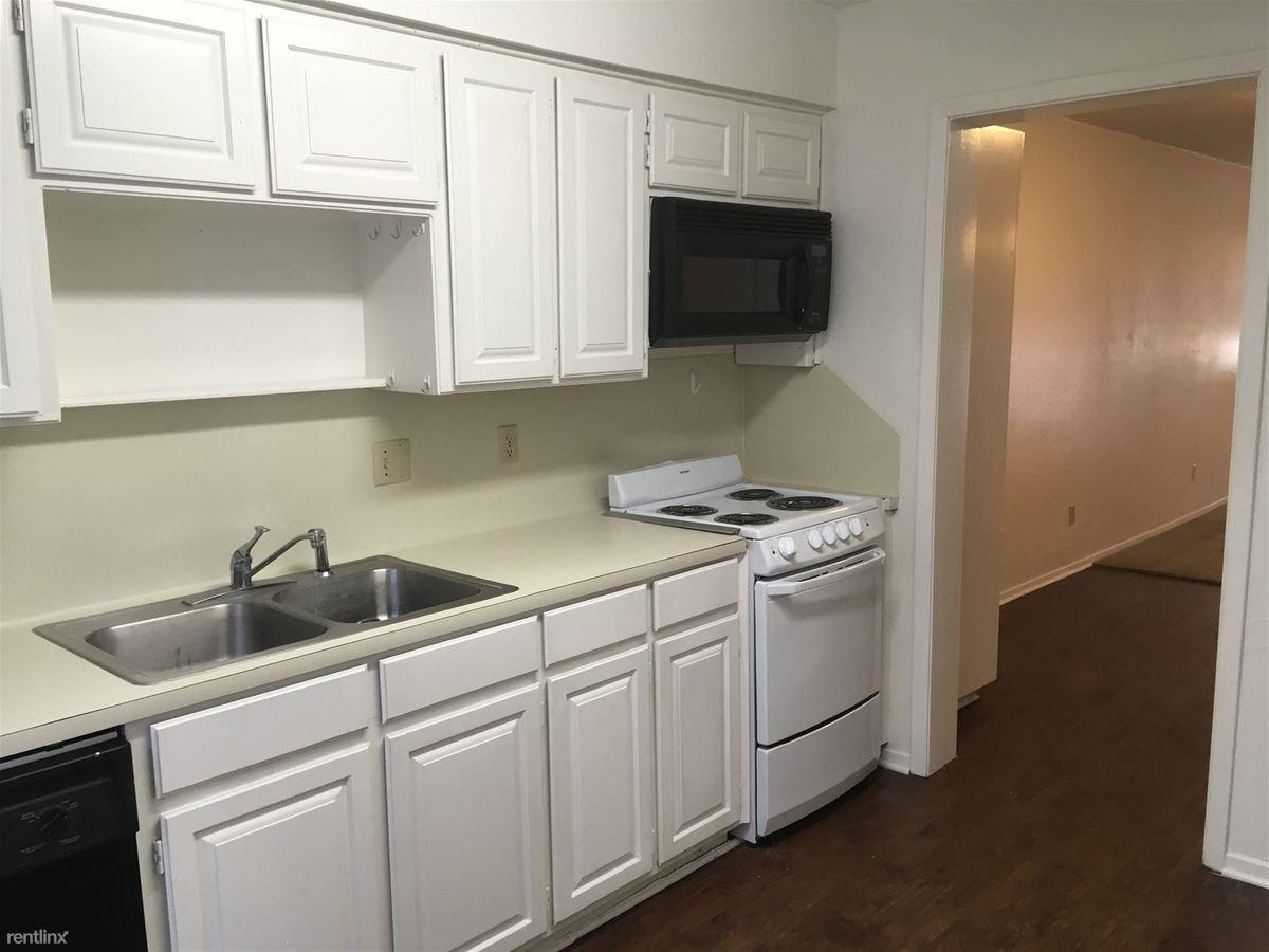 2 Bedrooms 2 Bathrooms Apartment for rent at Oaks Of Villa Maria in Bryan, TX