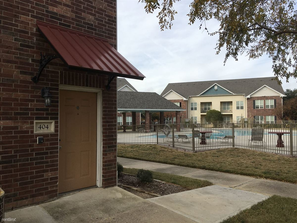 3 Bedrooms 3 Bathrooms Apartment for rent at 801 Luther St W Unit 404 in College Station, TX