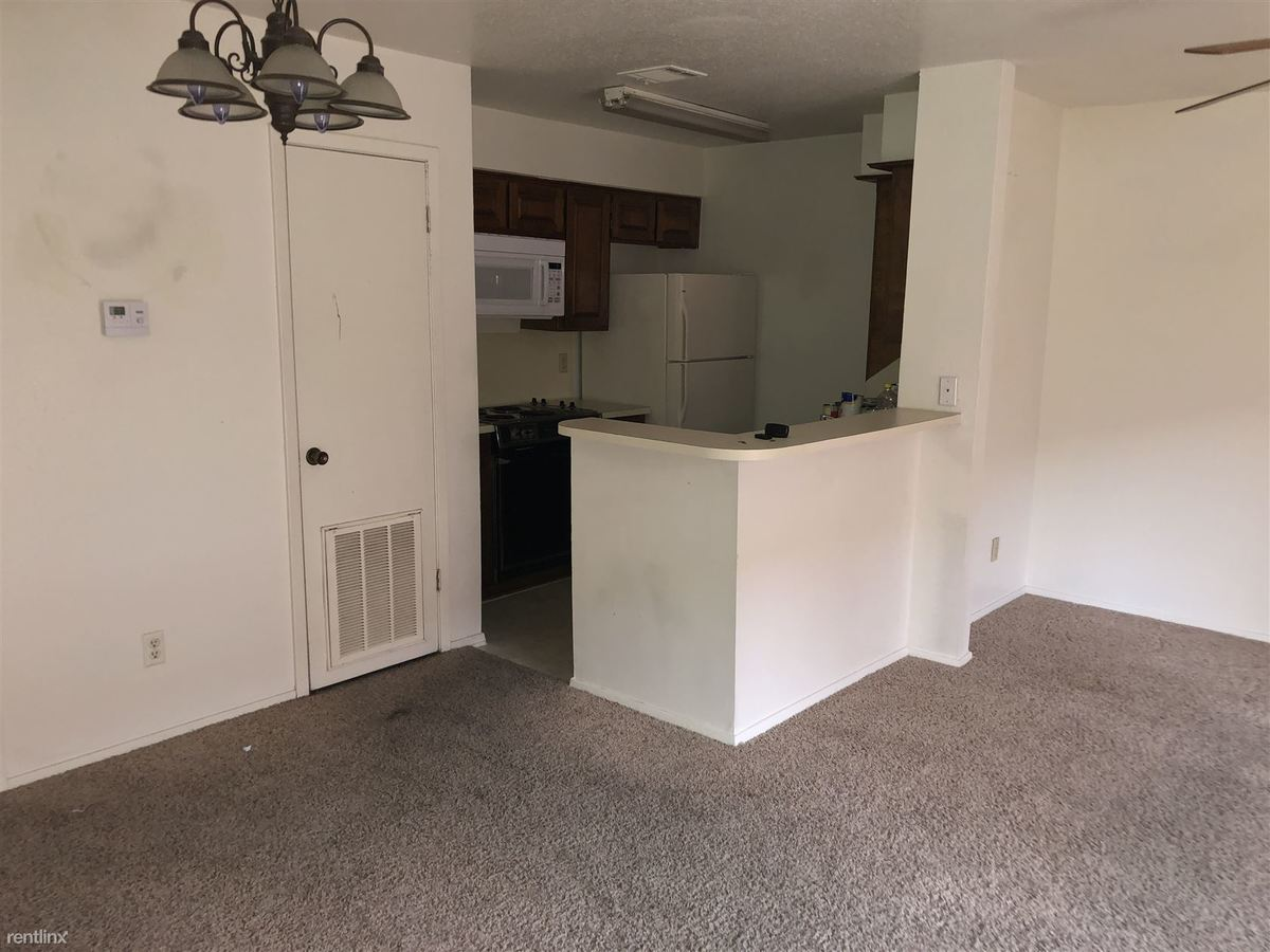 1 Bedroom 1 Bathroom Apartment for rent at Oaks Of Villa Maria in Bryan, TX