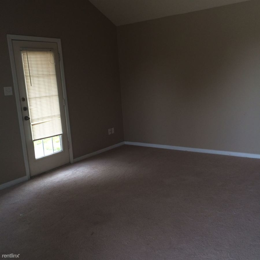 2 Bedrooms 2 Bathrooms Apartment for rent at 3616 Hollyhock St # 3618 in College Station, TX