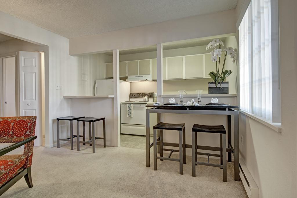 Featherstone rental