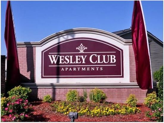 3 Bedrooms 2 Bathrooms House for rent at Wesley Club Apartments in Decatur, GA