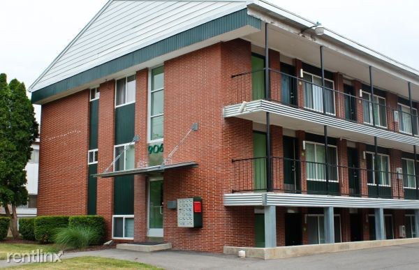1 Bedroom 1 Bathroom Apartment for rent at Shiawassee Holdings in Lansing, MI