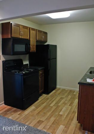 2 Bedrooms 1 Bathroom Apartment for rent at Shiawassee Holdings in Lansing, MI