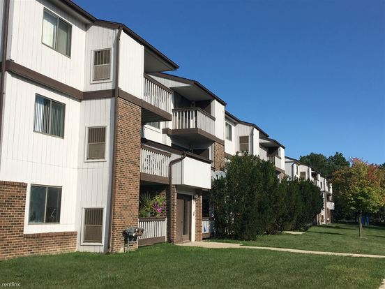 1 Bedroom 1 Bathroom Apartment for rent at Flo Mar Terraces 2981 in Ypsilanti, MI