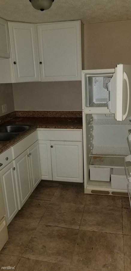 2 Bedrooms 1 Bathroom Apartment for rent at 420 N Cherrywood Ave in Dayton, OH