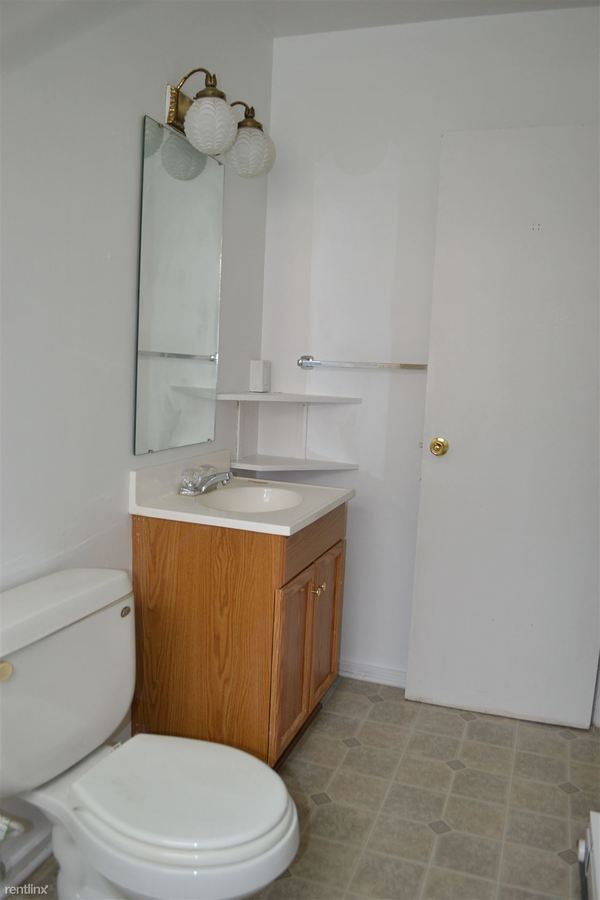 Studio 1 Bathroom Apartment for rent at 222 Douglas Ave in Kalamazoo, MI