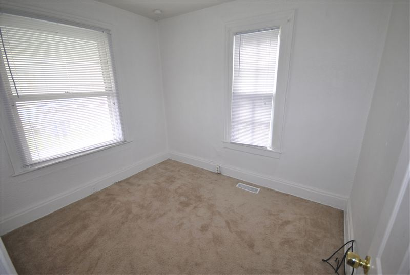 4 Bedrooms 1 Bathroom House for rent at 201 E Madison St in Ann Arbor, MI