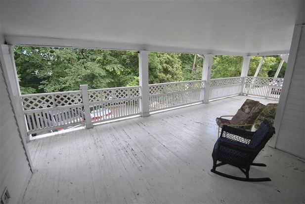 4 Bedrooms 2 Bathrooms Apartment for rent at 1919 Geddes Ave in Ann Arbor, MI