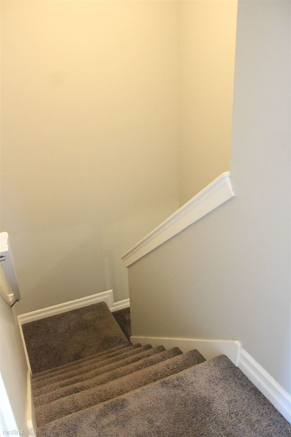 2 Bedrooms 2 Bathrooms Apartment for rent at The Cottages in East Lansing, MI