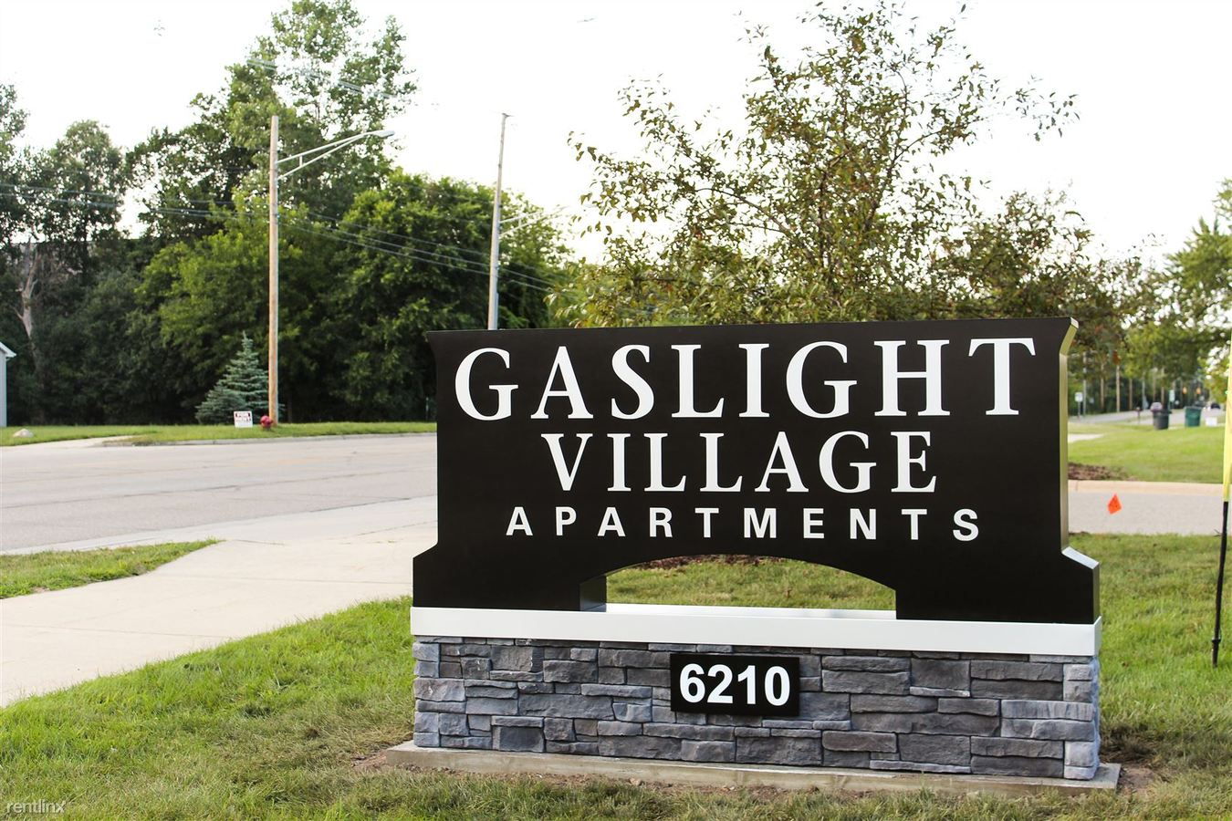 2 Bedrooms 2 Bathrooms Apartment for rent at Gaslight Village in East Lansing, MI