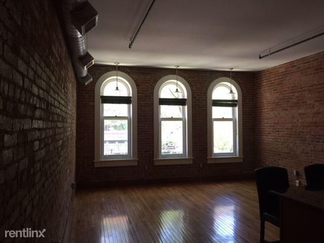 2 Bedrooms 1 Bathroom Apartment for rent at 303 S Main St Apt 203 in Ann Arbor, MI