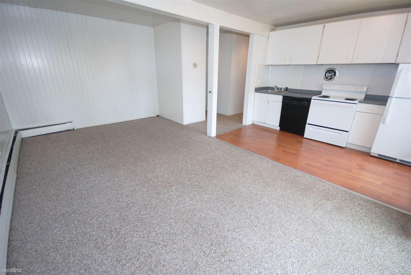2 Bedrooms 1 Bathroom Apartment for rent at 1026 Vaughn St in Ann Arbor, MI