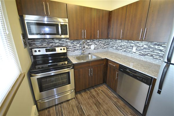 2 Bedrooms 1 Bathroom Apartment for rent at 809 W Madison St in Ann Arbor, MI