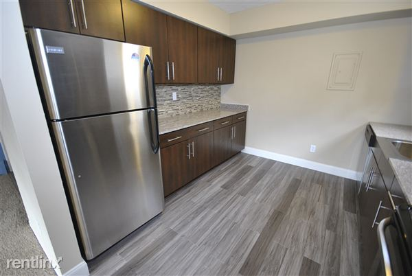2 Bedrooms 1 Bathroom Apartment for rent at 536 S 4th Ave in Ann Arbor, MI