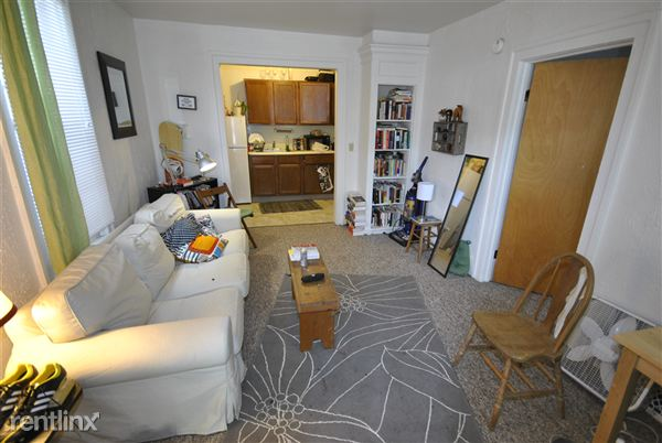 1 Bedroom 1 Bathroom Apartment for rent at 553 S 4th Ave in Ann Arbor, MI