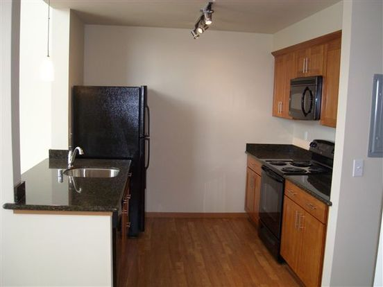 1 Bedroom 2 Bathrooms Apartment for rent at Altamira Apartments in Seattle, WA
