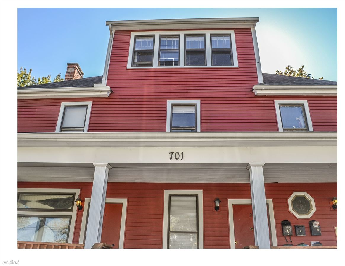 3 Bedrooms 2 Bathrooms Apartment for rent at 701 Emmet St in Ypsilanti, MI