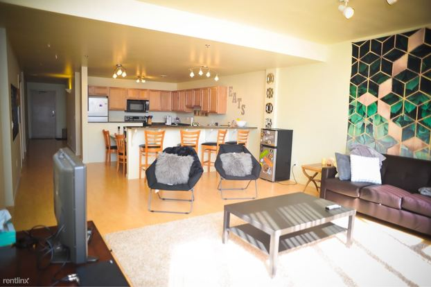5 Bedrooms 2 Bathrooms Apartment for rent at 611 Church St in Ann Arbor, MI