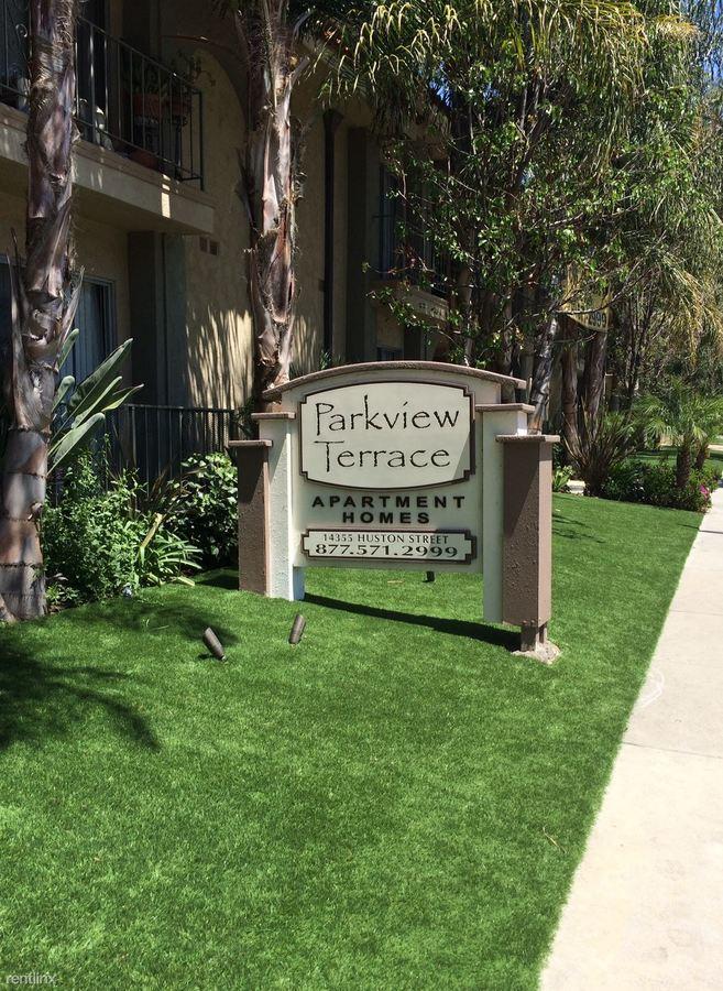 Studio 1 Bathroom Apartment for rent at Parkview Terrace in Sherman Oaks, CA