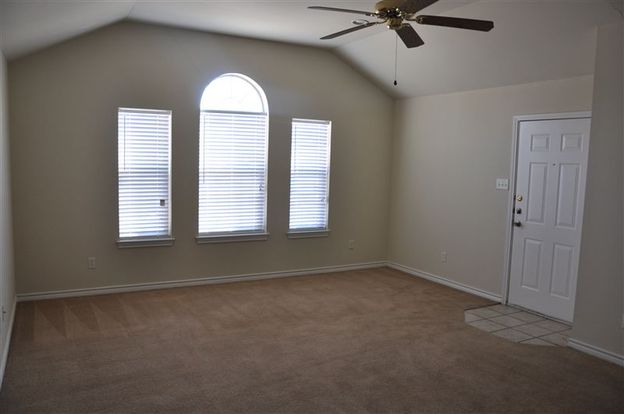 3 Bedrooms 3 Bathrooms House for rent at 2324 26 Axis in College Station, TX