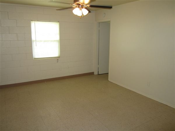 1 Bedroom 1 Bathroom Apartment for rent at Foch in Bryan, TX