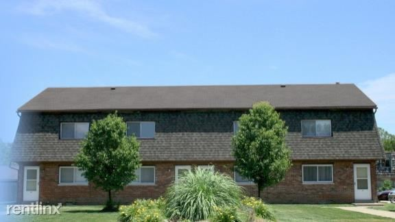 2 Bedrooms 1 Bathroom House for rent at Fairway Estates Apartments in Granite City, IL