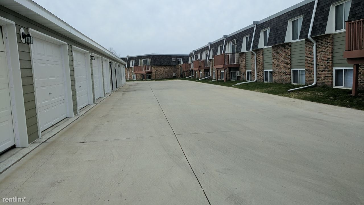 2 Bedrooms 1 Bathroom Apartment for rent at South 40's in Grand Forks, ND