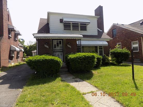 2 Bedrooms 1 Bathroom House for rent at 5754 Dickerson St in Detroit, MI