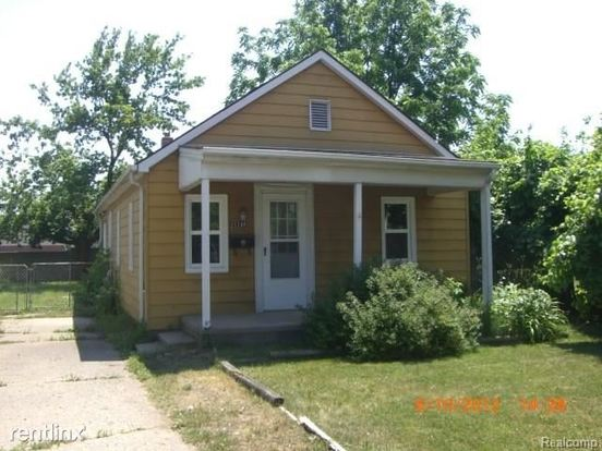 2 Bedrooms 1 Bathroom House for rent at 21140 Woodward St in Clinton Township, MI
