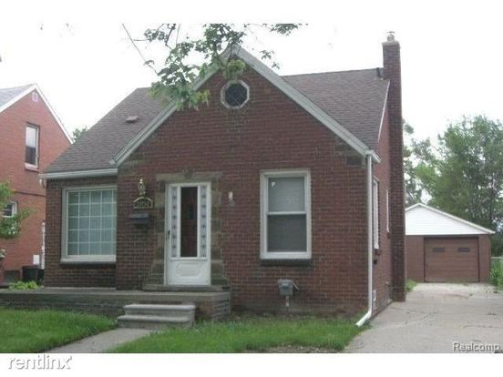 3 Bedrooms 1 Bathroom House for rent at 18613 Syracuse St in Detroit, MI