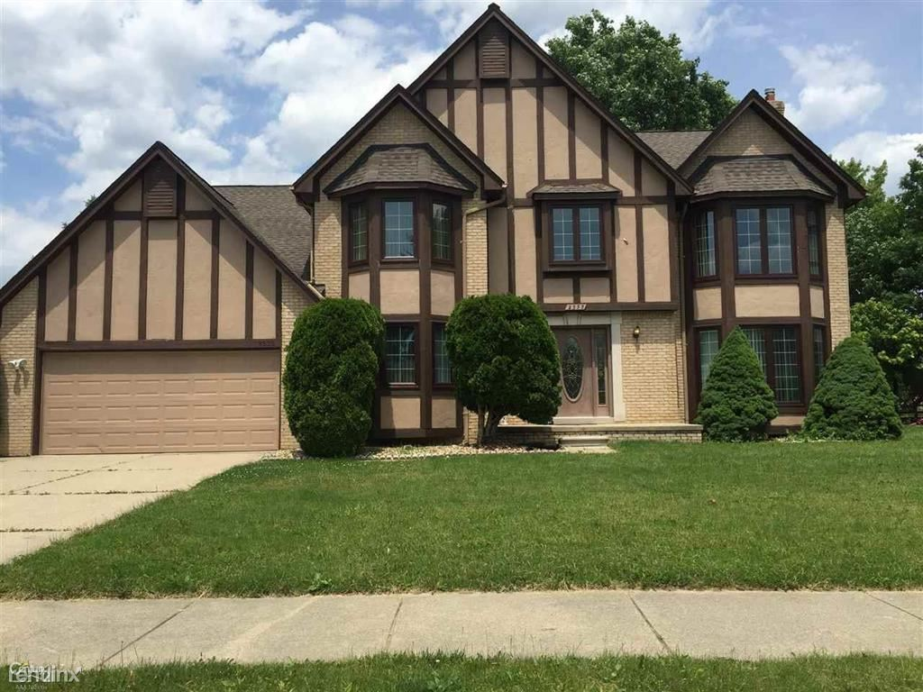 4 Bedrooms 3 Bathrooms House for rent at 2333 Hidden Trail Dr in Sterling Heights, MI