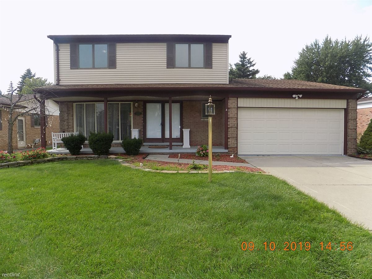 4 Bedrooms 2 Bathrooms House for rent at 35757 Doyle Dr in Sterling Heights, MI