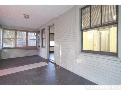3 Bedrooms 2 Bathrooms Apartment for rent at 3250 Colfax Ave in Minneapolis, MN