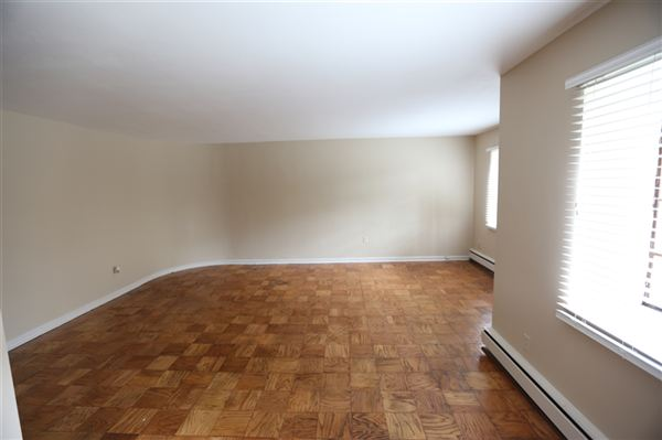 1 Bedroom 1 Bathroom Apartment for rent at 850 Whitmore Rd in Detroit, MI