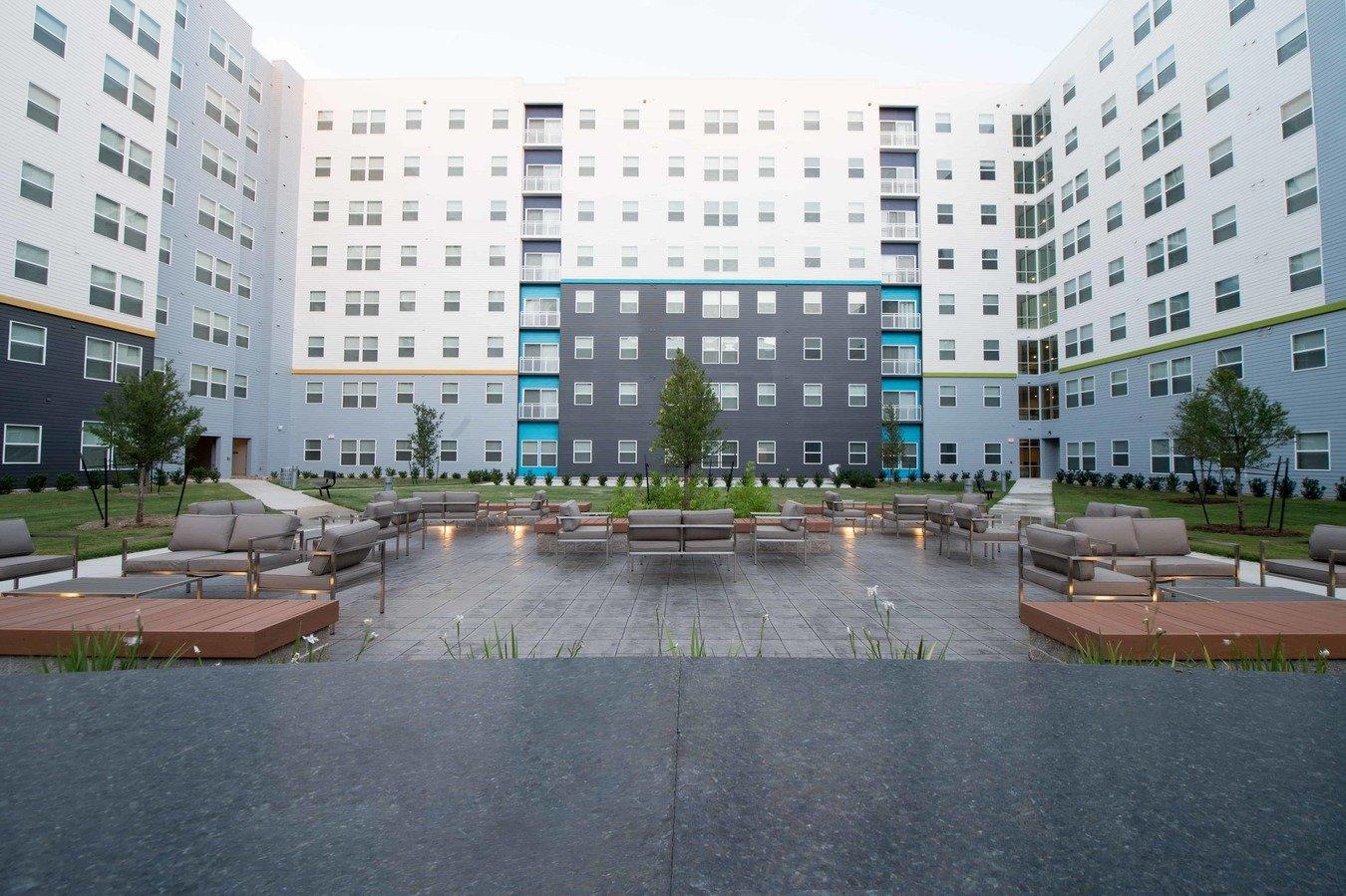 Park West Apartments College Station, TX