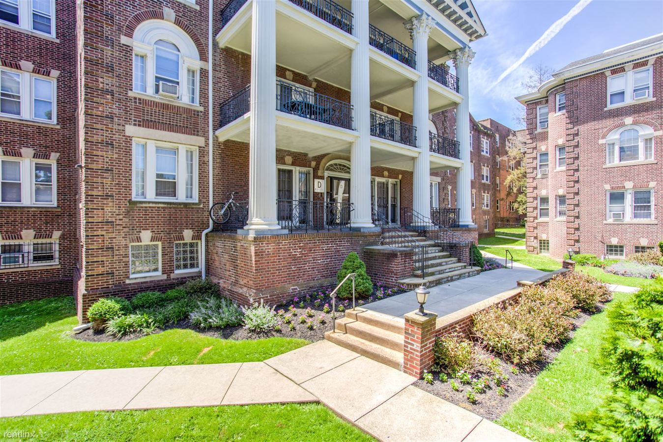 1 Bedroom 1 Bathroom Apartment For Rent At Spruce Hill Court In Philadelphia,  PA