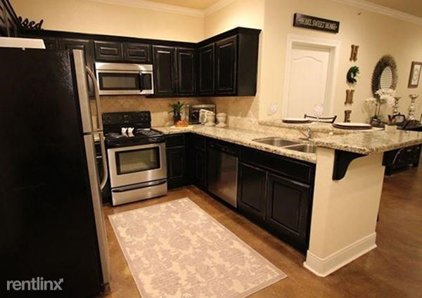1 Bedroom 1 Bathroom Apartment for rent at Knightsgate Apartments in College Station, TX