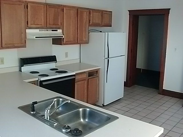 3 Bedrooms 1 Bathroom Apartment for rent at County Farm in St Johns, MI