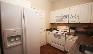 Similar Apartment at 8021 N Fm 620 Rd