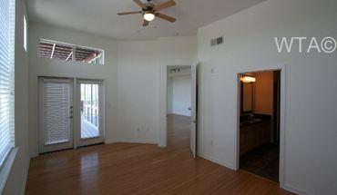 Similar Apartment at 3809 S Congress Ave