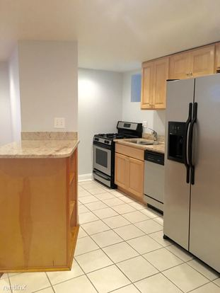 1 Bedroom 2 Bathrooms Apartment for rent at 707 College Ave in Pittsburgh, PA